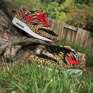 Nike atmost 1 animal pack 2.0 size 13 men